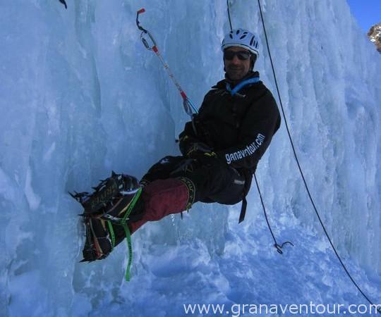 Actividades_escalada_hielo_02