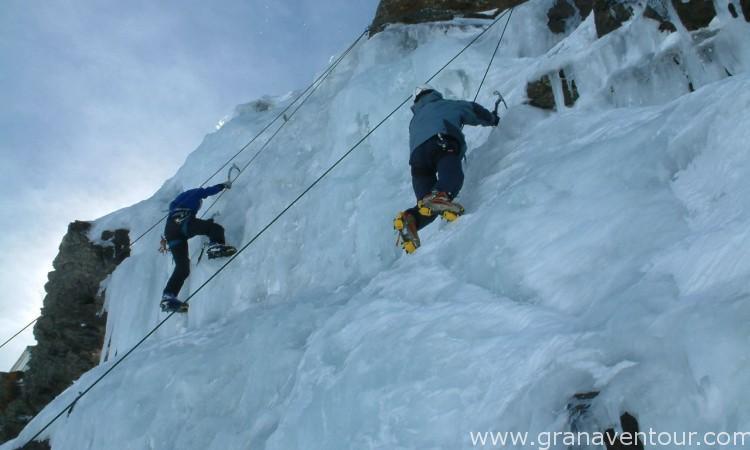 Actividades_escalada_hielo_03