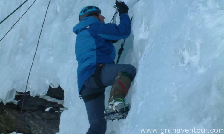 Actividades_escalada_hielo_04